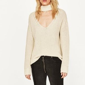 NWOT - ZARA V-Neck Beige White Oversized Sweater S
